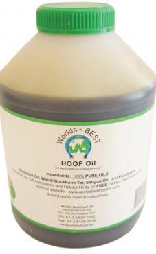 WORLDS BEST HOOF OIL 500ml PLASTIC JAR WITH BRUSH